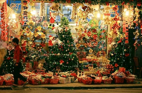 Khu phố người hoa tại Sài Gòn tràn ngập không khí Noel