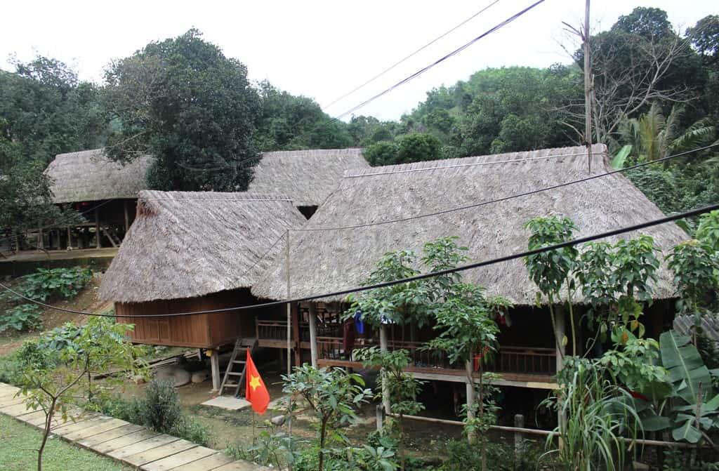 Bản dân tộc Vân Kiều - địa điểm du lịch Quảng Trị