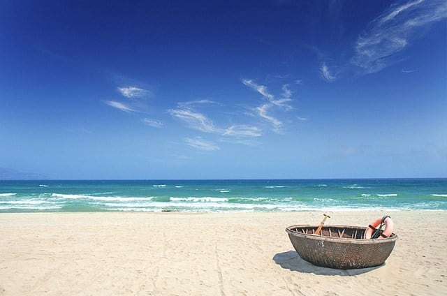 Bãi biển Đà Nẵng - biển Làng Vân