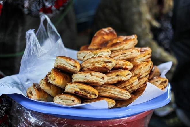Chợ Đông Ba - những món ăn vặt khác ở Huế