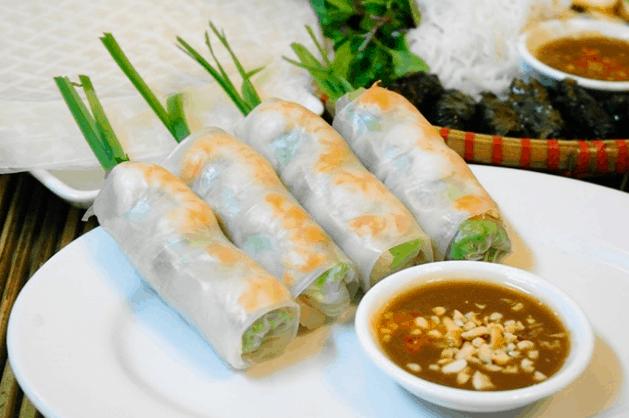 Gỏi cuốn là một món ăn ngon mà người Sài Gòn yêu thích ( Ảnh ST)