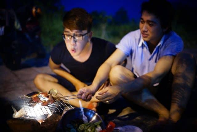 Đi picnic cùng bạn bè và người thân (Ảnh: ST)