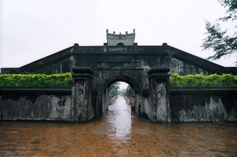 Thành cổ Quảng Trị nhuốm mầu rêu phong
