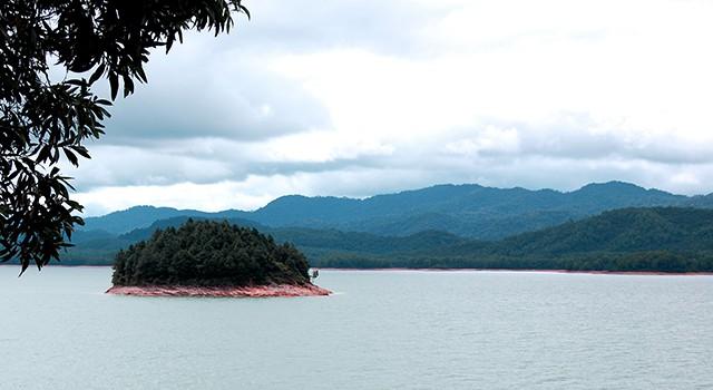 Khu sinh thái hồ Trại Tiểu
