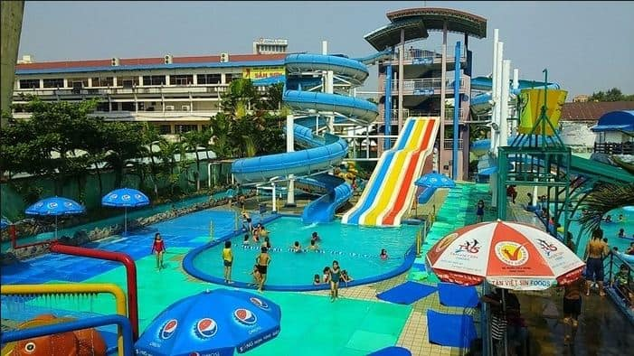 Khu trượt nước công viên nước Sài Gòn này