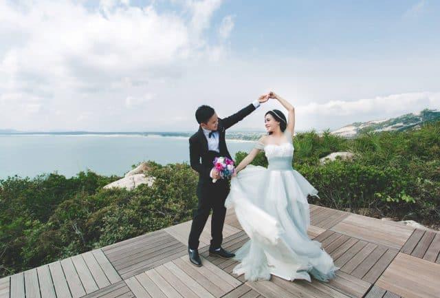Chụp ảnh cưới ở dã ngoại trung lương (Ảnh ST)