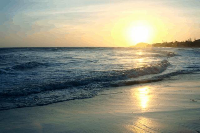 Biển Long Hải trong buổi chiều hoàng hôn (Ảnh: Sưu tầm)
