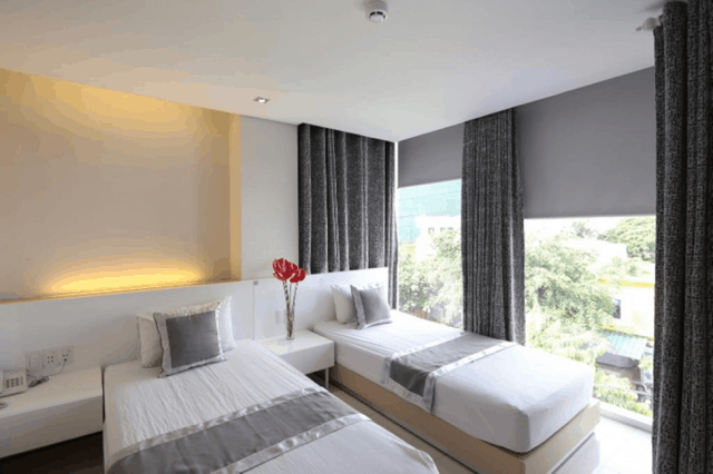 xem thêm khách sạn khi du lịch nha trang tự túc