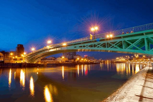 Cầu Mống (Ảnh ST)