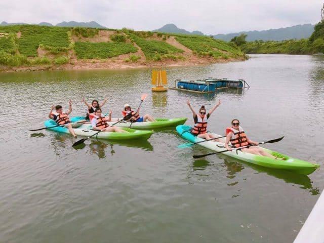 Chèo thuyền Kayak trên sông Chày Lập