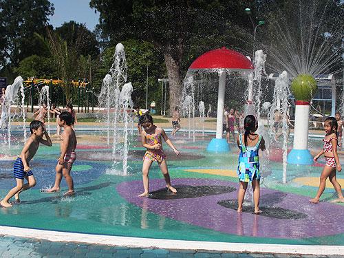 Nơi vui chơi của trẻ em trong công viên Gia Định