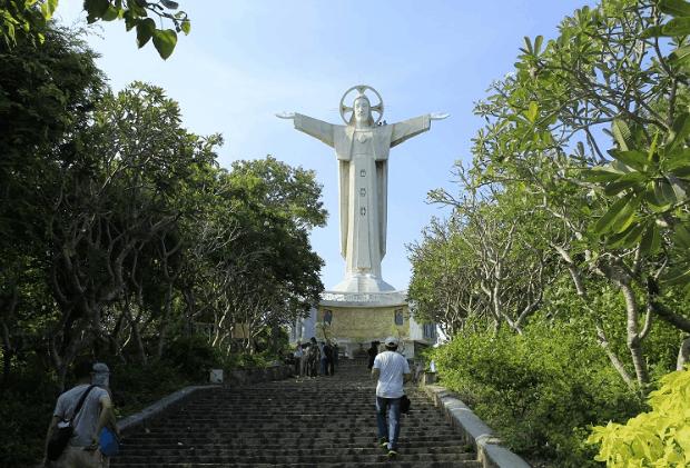 Tượng chúa Ki Tô là điểm đến lý tưởng ở Vũng Tàu (Ảnh ST)