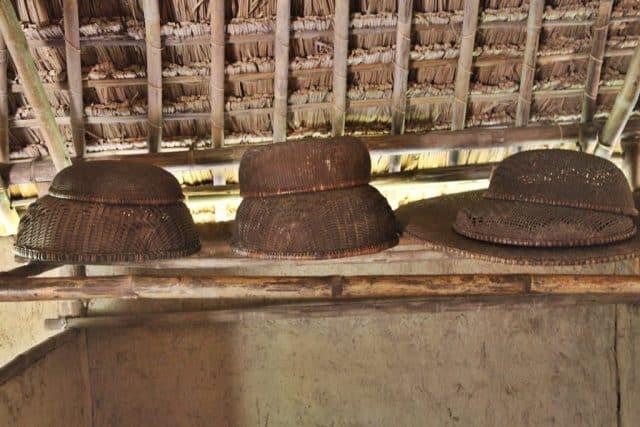Những vật dụng hết sức giản dị tại Làng Sen Quê Bác