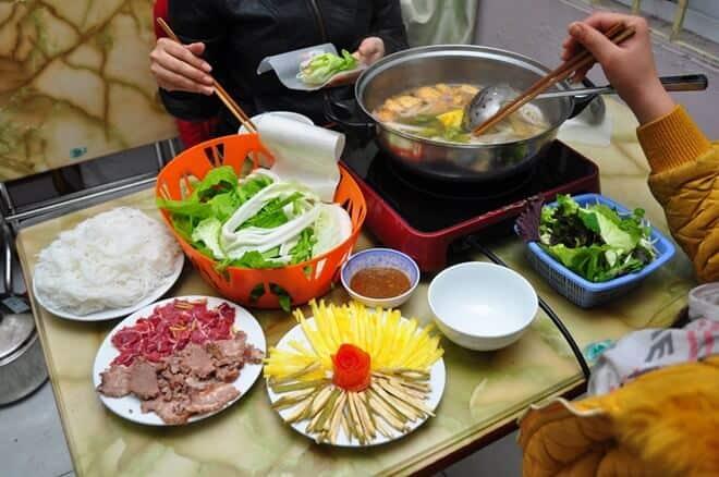 Lẩu bò nhúng dấm 555 quán ăn ngon ở Cầu Giấy