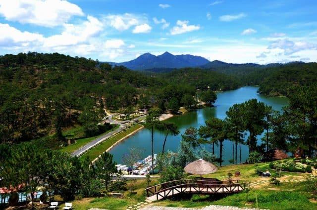 Thung lũng tình yêu - địa điểm du lịch Đà Lạt