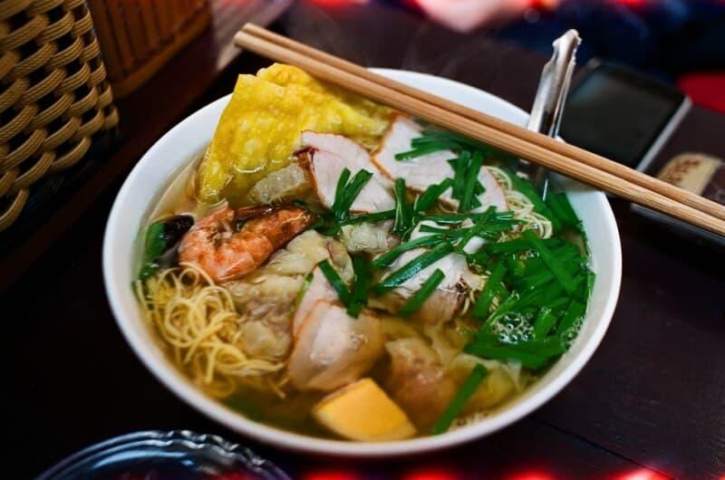 Mỳ vằn thắn Bình Tây - địa chỉ ăn ngon ở Phố cổ