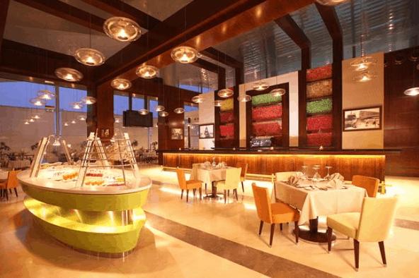 Không gian nhà hàng Centrer Restaurant (Ảnh ST)