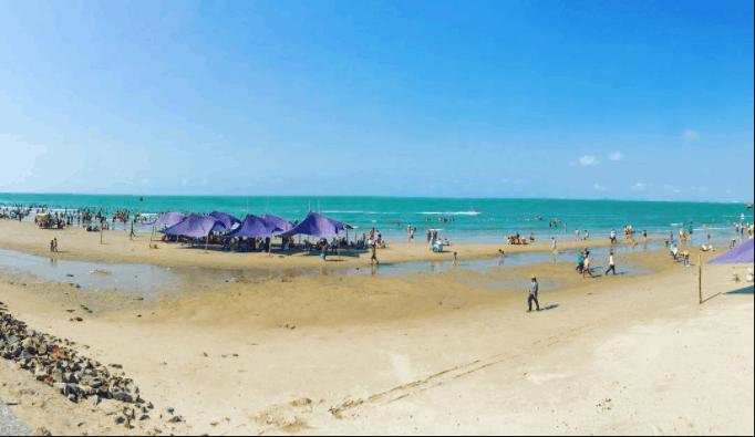Biển Dinh Cô hoang sơ nhưng đẹp