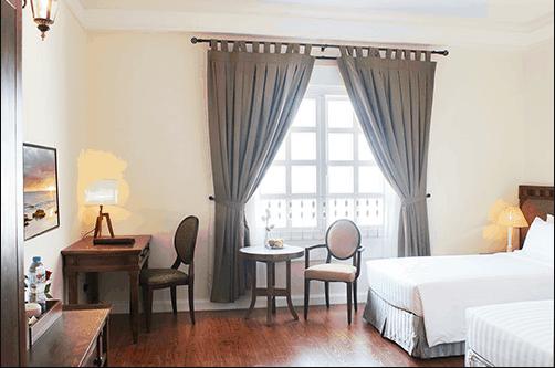 Phòng ngủ hiện đại và sang trọng giúp du khách có kì nghỉ thoải mái