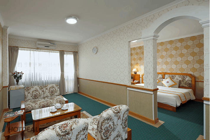 Phòng ngủ được thiết kế như một nhà ở mini sang trọng và đầy đủ nội thất