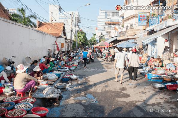Chợ Xóm Lưới là một trong những chợ hải sản rẻ ở Vũng Tàu