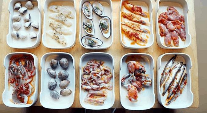 Các món hải sản trong nhà hàng (Ảnh ST)
