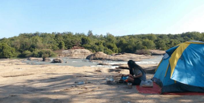 Du khách có thể nghỉ ngơi, cắm trại tại Thác Mai