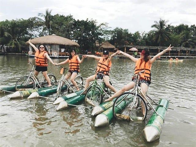 Du lịch ngoại ô Sài Gòn