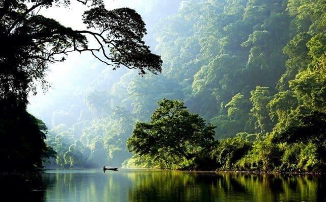 Vẻ đẹp của hồ Ba Bể qua các mùa khác nhau trong năm