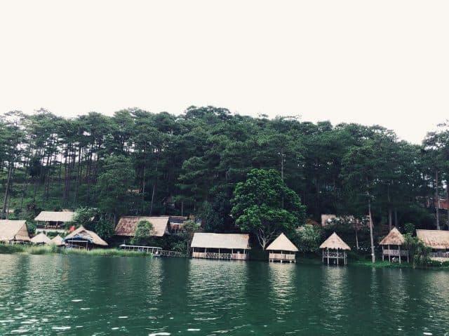 Cảnh sắc hồ Tuyền Lâm Đà Lạt