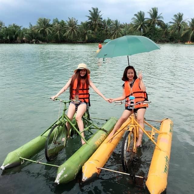 Làng Tre Việt - Địa điểm vui chơi sốt xình xịch gần Sài Gòn