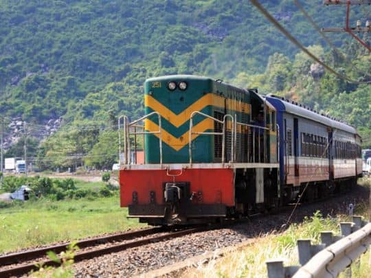 Phương tiện di chuyển đến Đồ Sơn bằng tàu hỏa