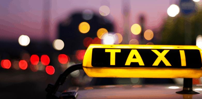 Taxi là phương tiện đi lại phổ biến để thăm quan Vũng Tàu