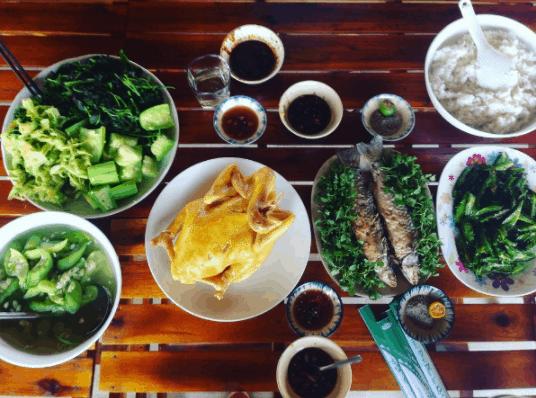 Thưởng thức những món ăn đậm chất Việt