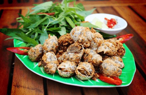 Ốc Vĩnh Khánh - địa điểm ăn uống TP. HCM (Ảnh ST)