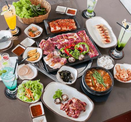 Khu ẩm thực sân bay Tân Sơn Nhất (Ảnh ST)