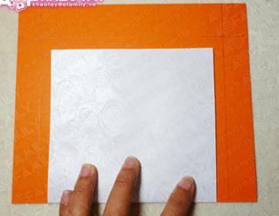 Vẽ tấm bìa cứng (Ảnh ST)