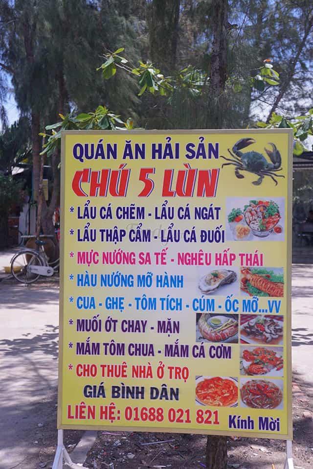 Biển quán ăn hải sản Chú 5 Lùn