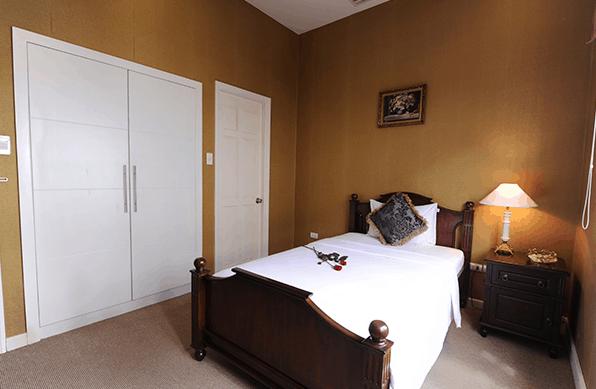 Không gian phòng nghỉ hiện đại tại Silver Creek City Resort