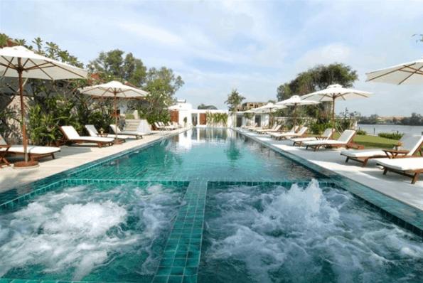 Khu bể bơi rộng tại Thảo Điền Village