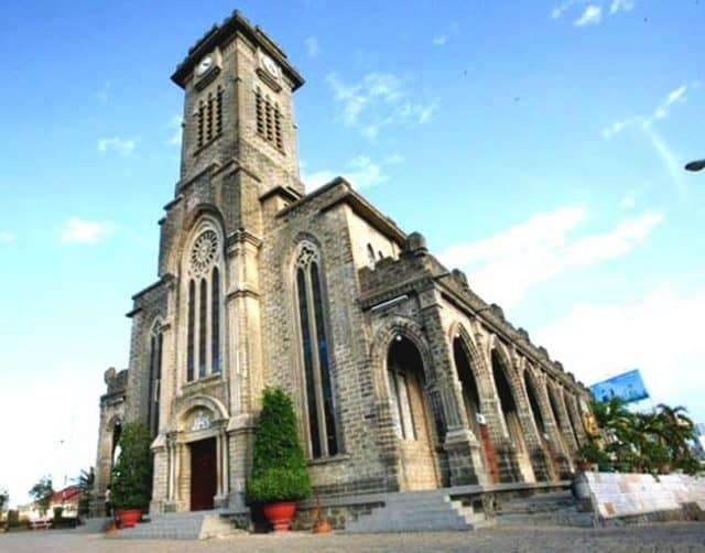 Nhà thờ chánh toà Kito vua (Ảnh sưu tầm)