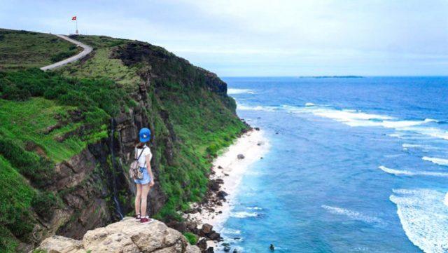 Đảo Lý Sơn với khung cảnh hùng vĩ (Ảnh ST)
