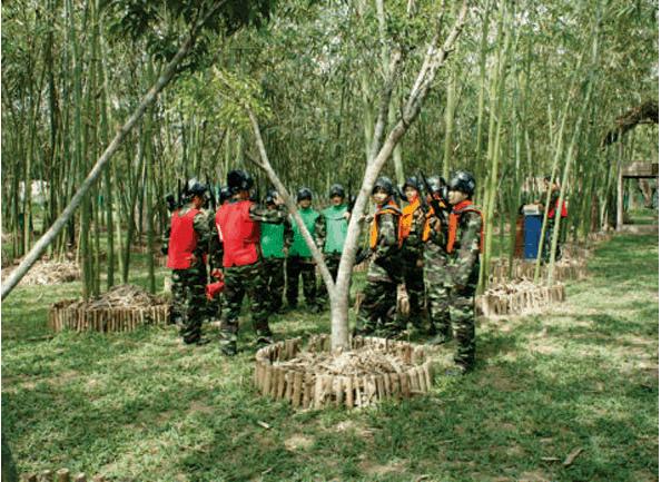 Trò chơi bắn súng sơn đòi hỏi tinh thần đồng đội