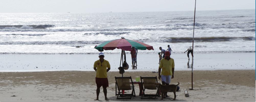 Trên bãi biển lúc nào cũng có lực lượng cứu hộ túc trực