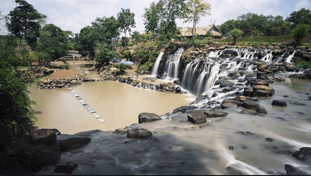 Thác Đá Hàn là địa điểm tuyệt đẹp ở Đồng Nai
