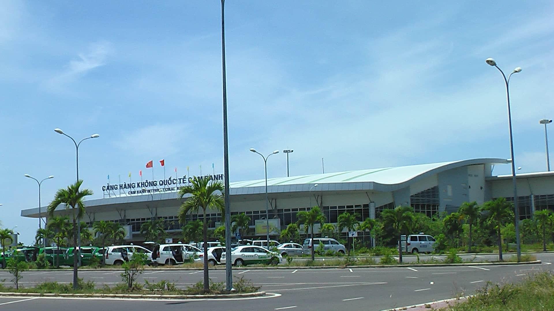 Kết quả hình ảnh cho sân bay Cam Ranh Nha Trang