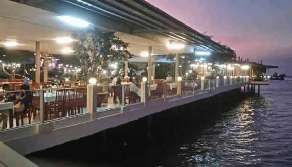 Nhà hàng hải sản Lâm Đường