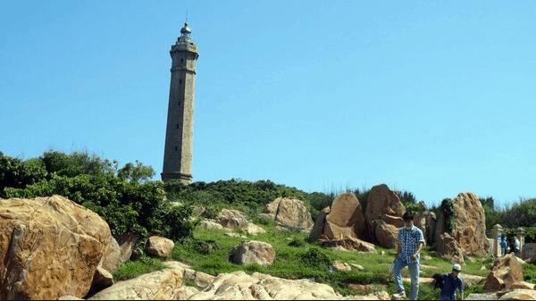Ngọn hải đăng cao và cổ nhất Đông Nam Á
