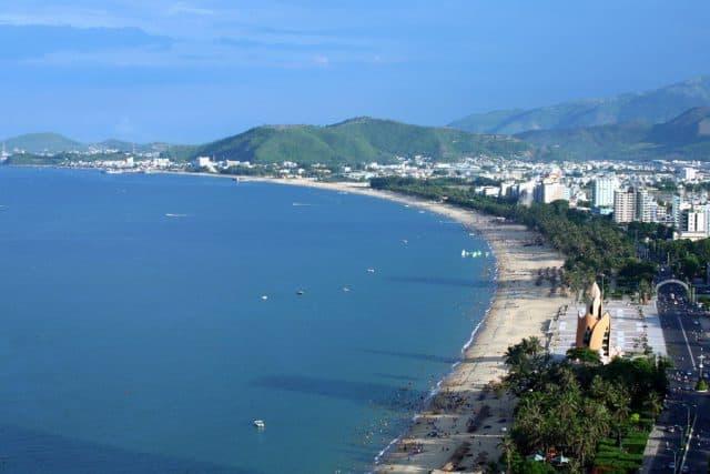 Những Bãi Biển Đẹp Ở Nha Trang