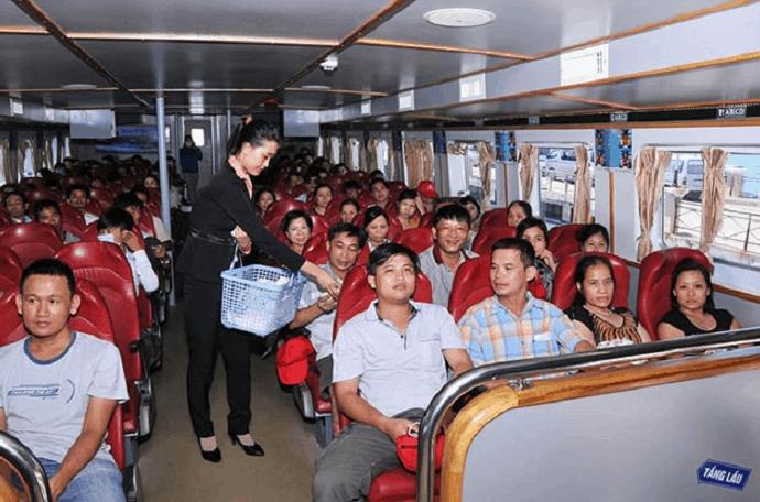Khoang hành khách trên tàu Superdong